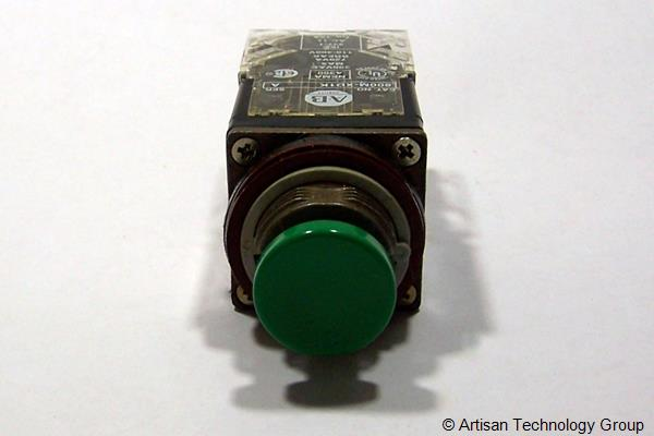 Allen-Bradley 800MR-A1 Momentary Contact Push Button, Non-Illuminated, IEC Oiltight Operators