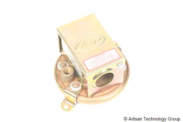 Dwyer Instruments 1910-0 Pressure Switch