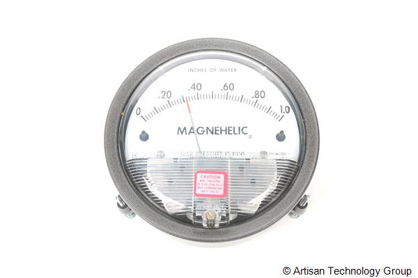Dwyer Instruments Magnehelic 2001 Differential Pressure Guage