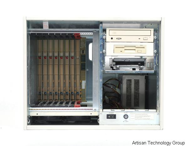 Emerson / Motorola CPX2208 8-Slot CompactPCI Chassis, w/ CD, Floppy and Hard Drives