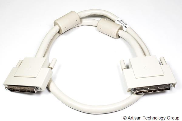 Oracle / Sun Microsystems 530-2383-01 68-Pin Male to 68-Pin Male SCSI Cable