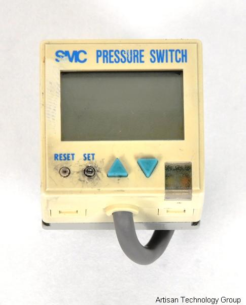 SMC ZSE4-T1-65 LCD Readout Digital Pressure Switch for Vacuum