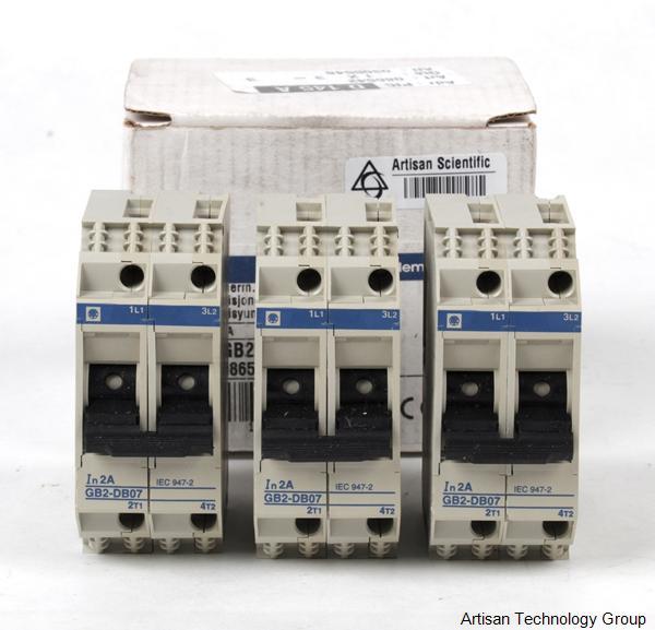 Schneider Electric / Telemecanique GB2-DB07 Circuit Breaker (Lot of 3)