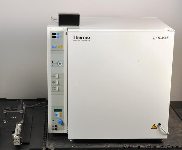 Thermo / Kendro / Heraeus Cytomat 6001 Automated Incubator HS with Plate Shuttle System and Transfer Switch