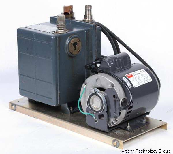 Welch Scientific 1402 DuoSeal Belt Drive Rotary Vane Pump